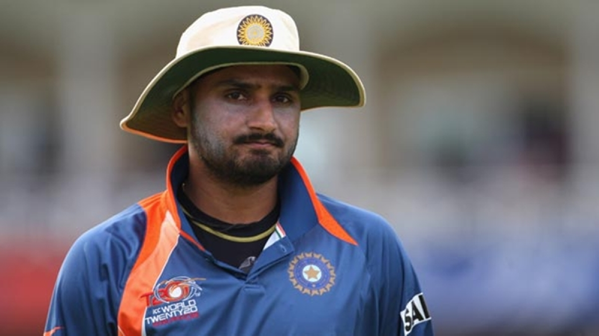 India vs England: 'England batting line-up is more vulnerable and weak', says Harbhajan Singh