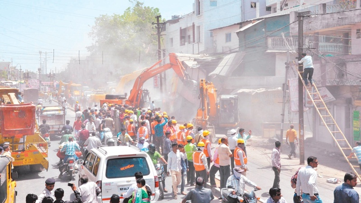 22 structures razed in Patnipura by Indore Municipal Corporation