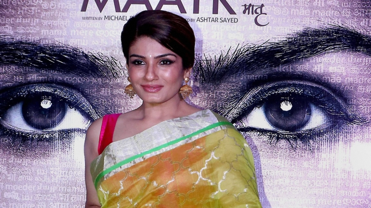 After being trolled, here's what Raveena Tandon said in defence of farmer protest tweet