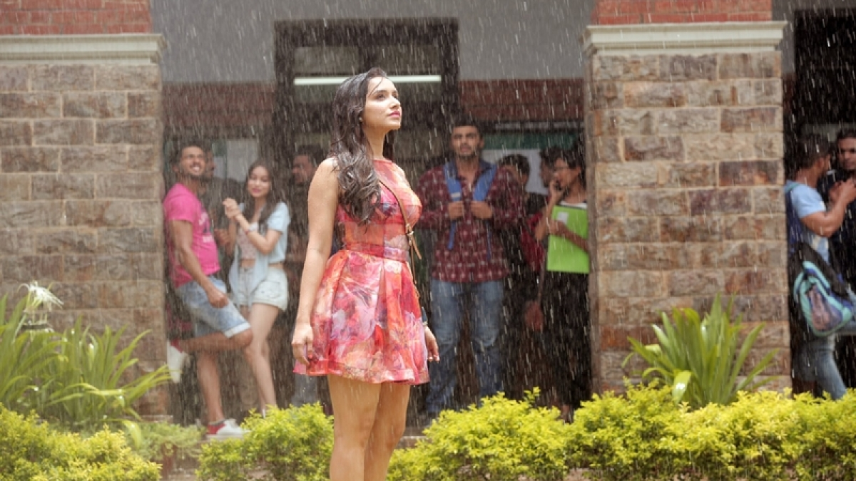 Half Girlfriend box office collection: Shraddha-Arjun's film mints over Rs 10 crore on opening day