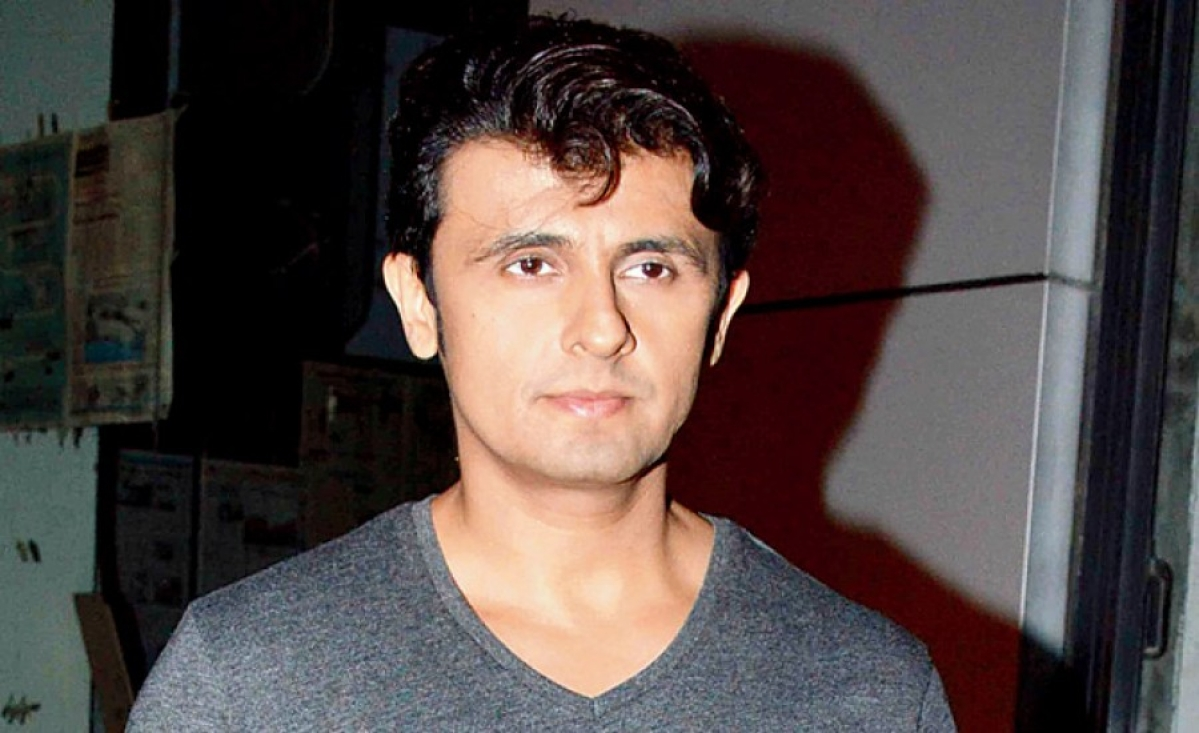 Mentioned temple and gurudwara also, but azaan got highlighted: Sonu Nigam