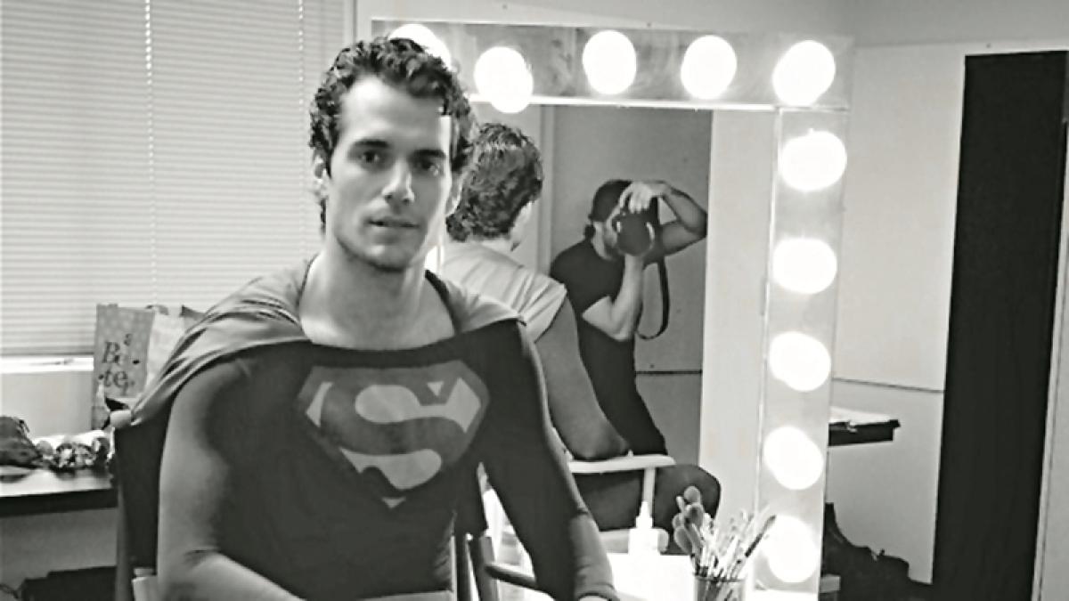 Cavill dons original superman's suit