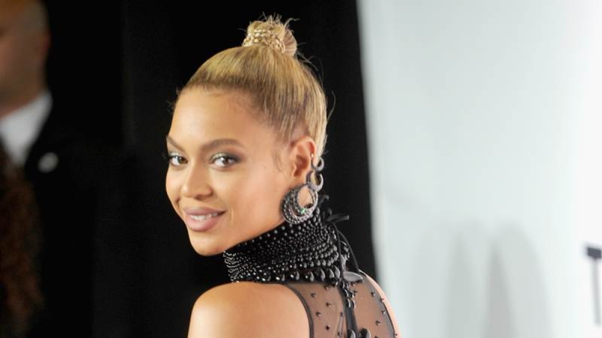 Beyonce marks 9th anniversary with a new song