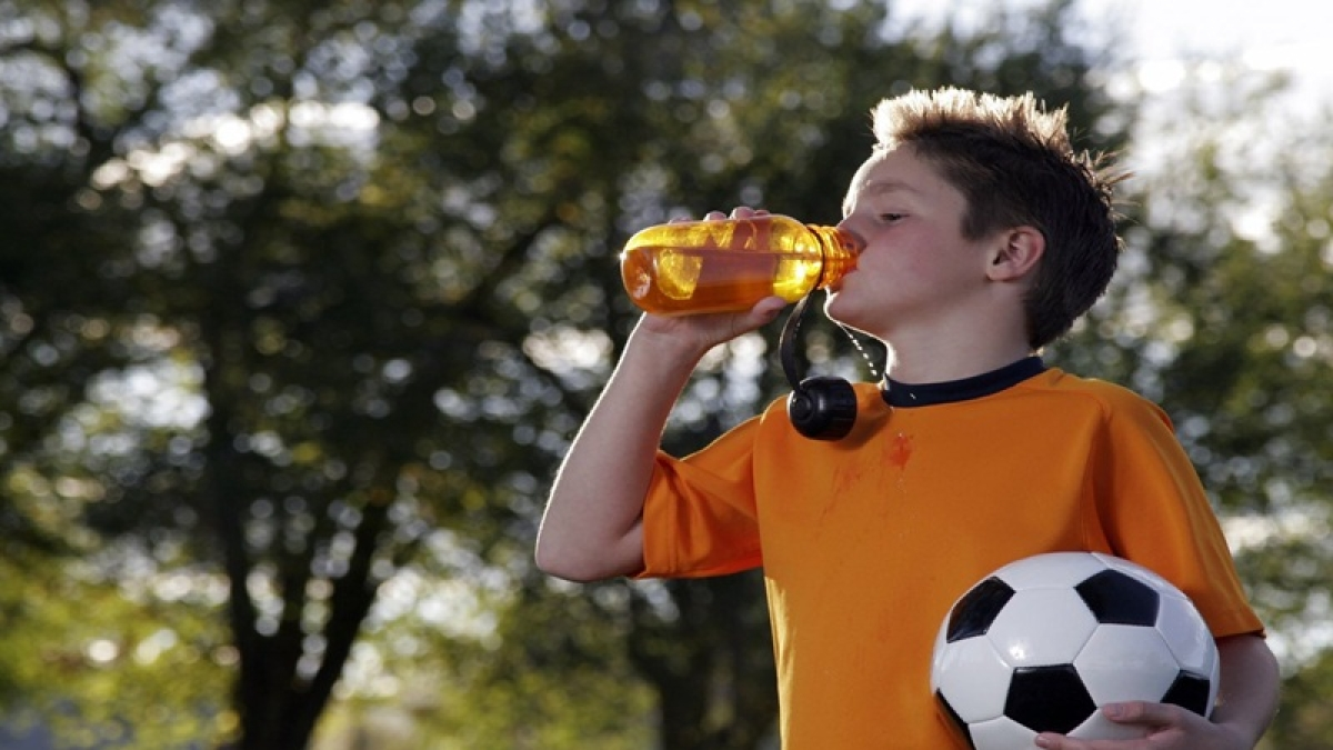 Players! Drink more water its better than sports drink