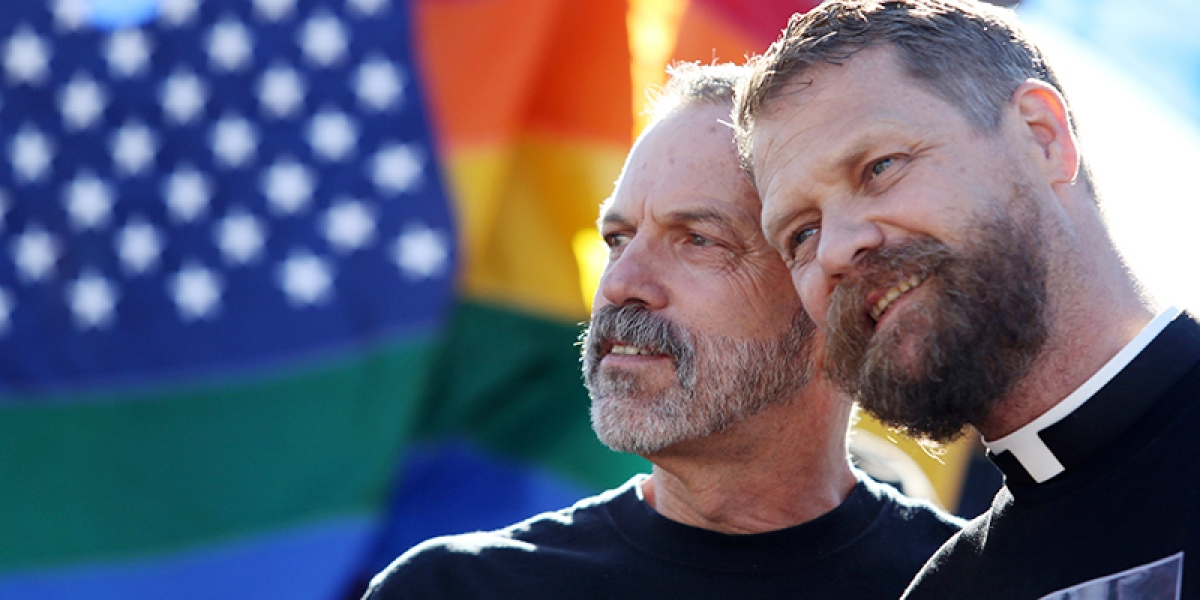 Old LGBT couples are healthier than singles