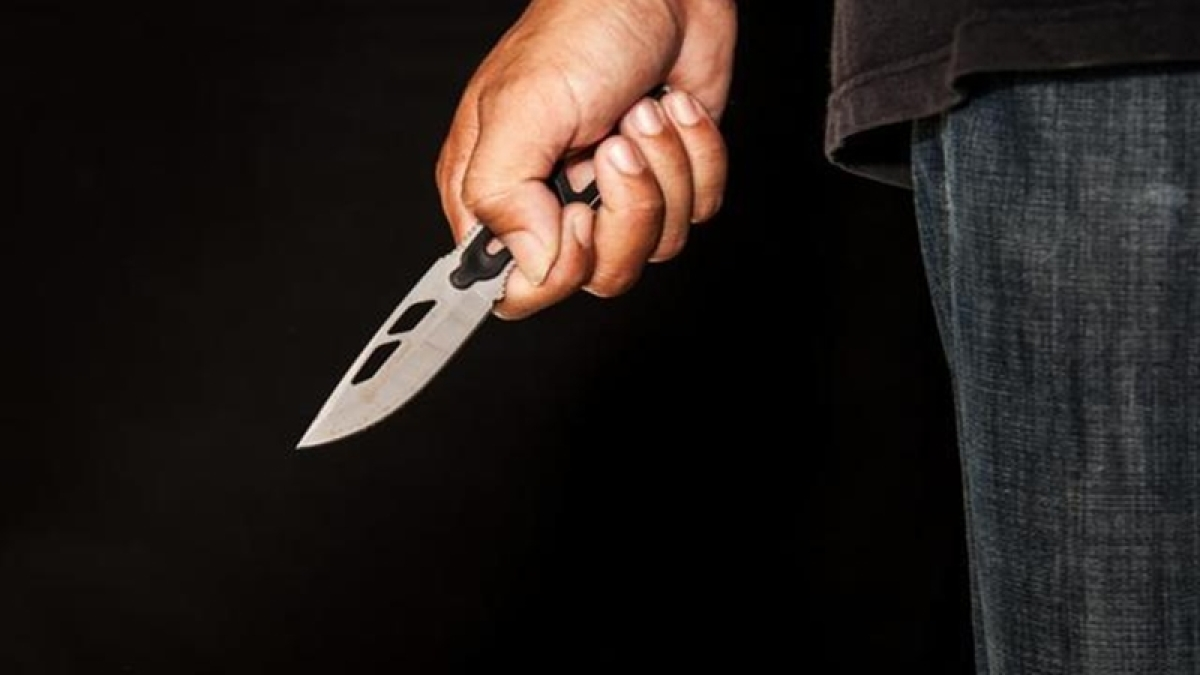 Mumbai: Jilted lover tries to kill self after slashing live-in partner's wrist