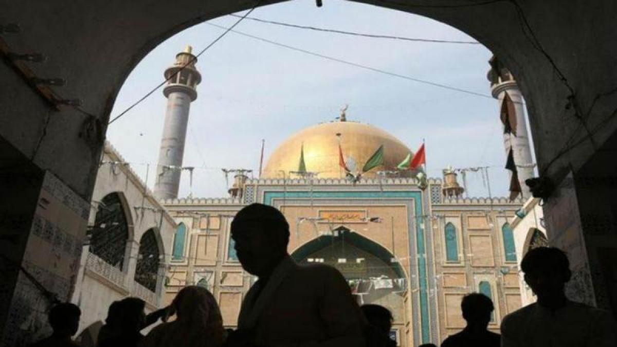 Mentally ill shrine's custodian kills 20 people in Pakistan's Punjab province