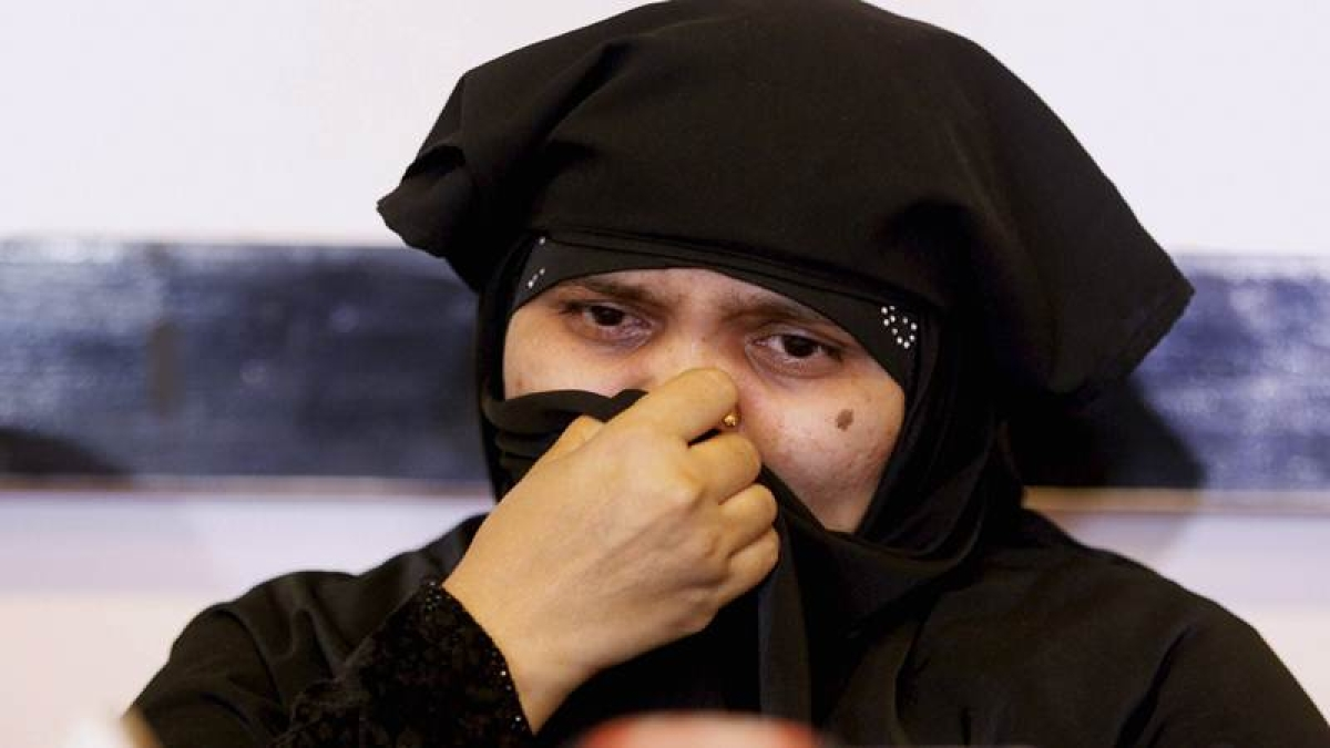 Bilkis Bano case: SC asks Gujarat govt if there has been any departmental action against convicted cops