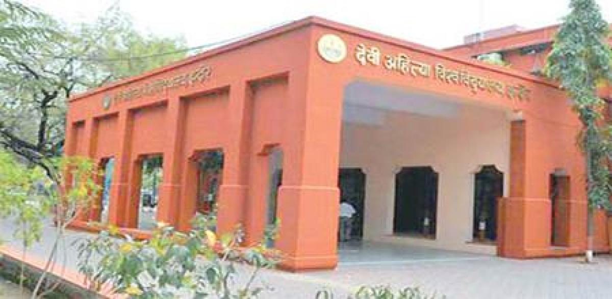 Indore: BCom, CS exam date clash: DAVV refuses to amend timetable
