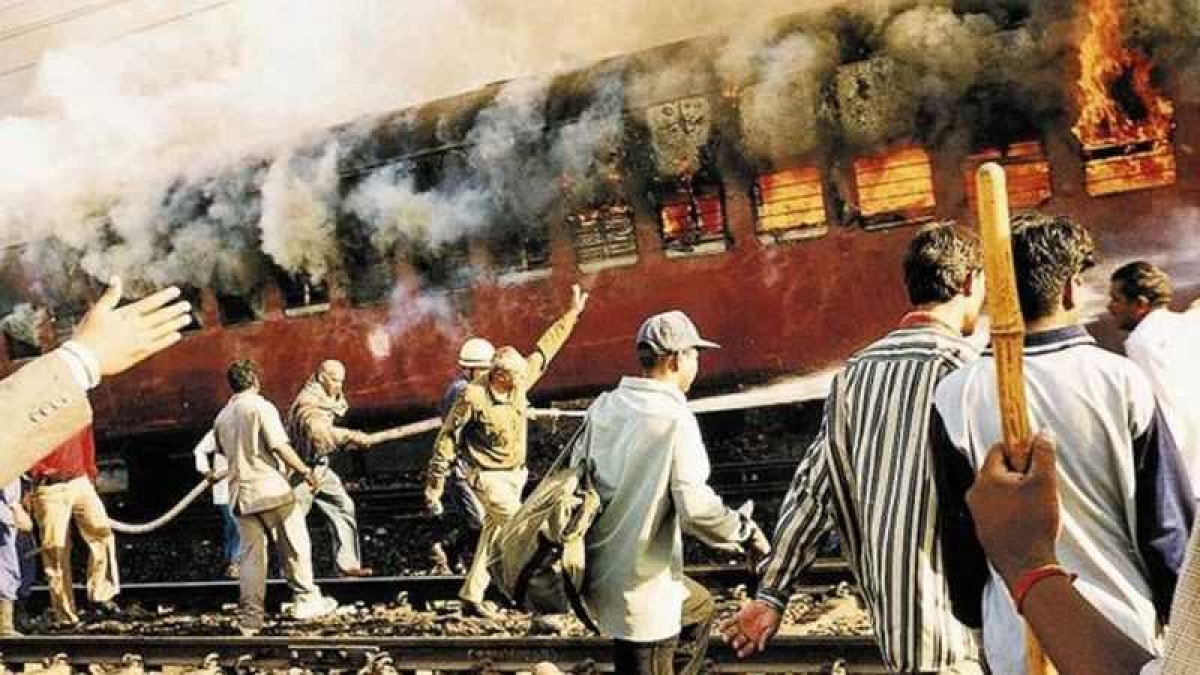 Godhra Verdict: Gujarat High Court commutes death penalty of 11 convicts in life imprisonment