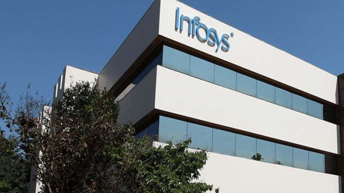 Infosys net flat annually, down quarterly in Q1