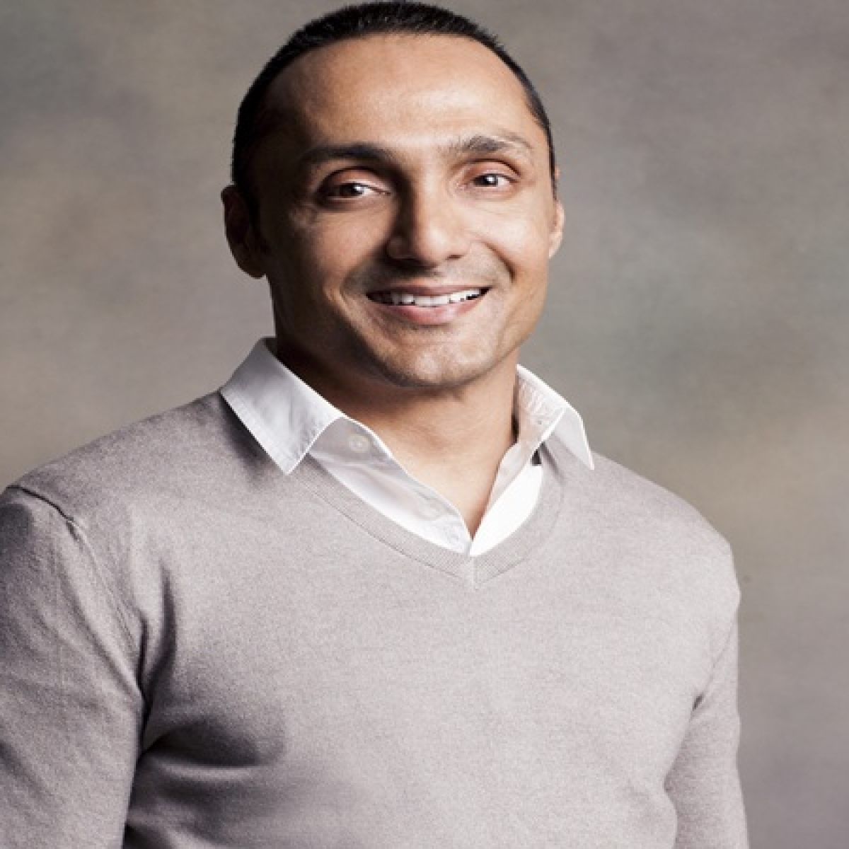 Chandigarh DC orders probe after Rahul Bose charged Rs 442 for two bananas by plush hotel