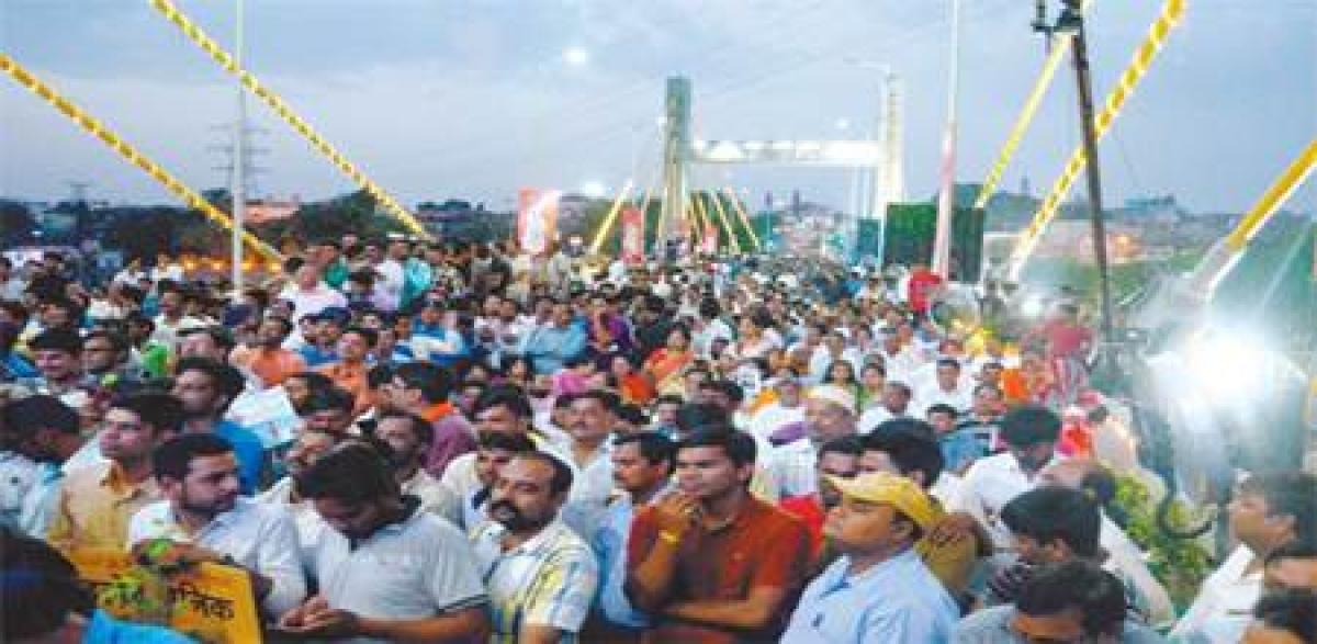 Bhopal: CM inaugurates Raja Bhoj Setu