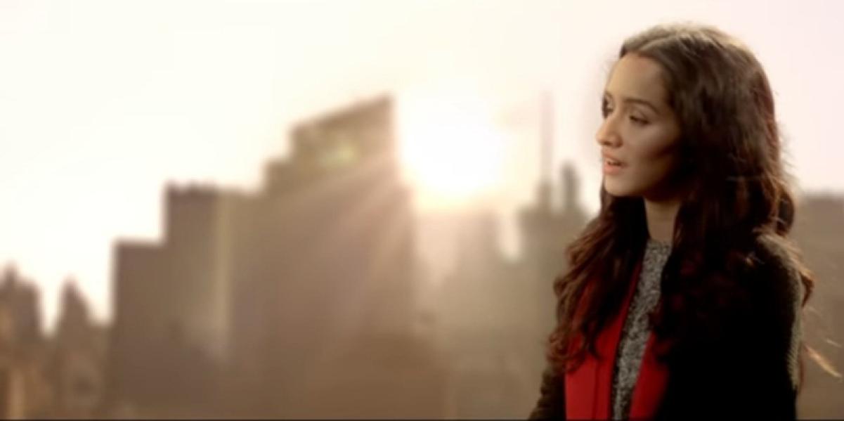 Listen as Shraddha Kapoor sings 'Main Phir Bhi Tumko Chaahungi' for Arjun in 'Half Girlfriend'