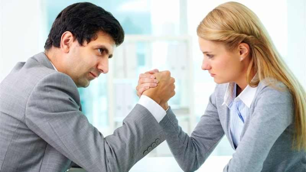 Agony Aunt helps you to deal with workplace problems