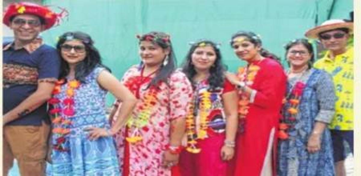 Indore: Maheshwari meet organises pool party