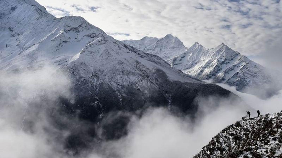 World's highest weather station installed on Mount Everest