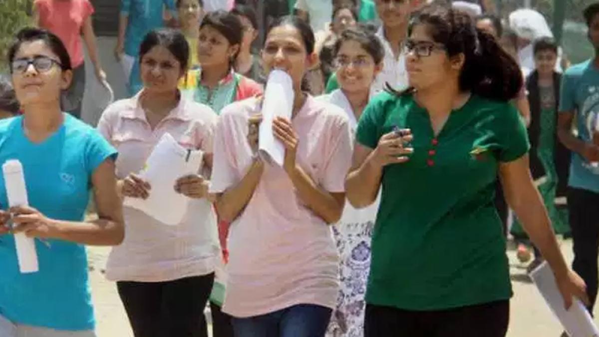 NEET shocker: CBSE asks principal  to apologise, 4 teachers suspended