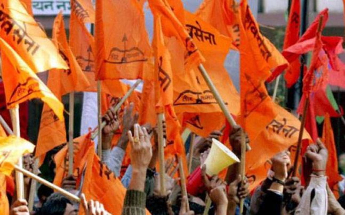 Mumbai: Shiv Sena shakha pramukh 'beats up' two BMC officers
