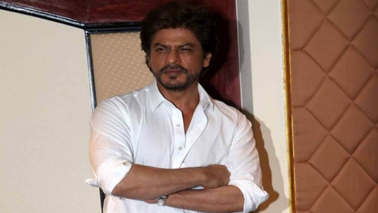Shah Rukh thanks fans on clocking 25 years in Bollywood
