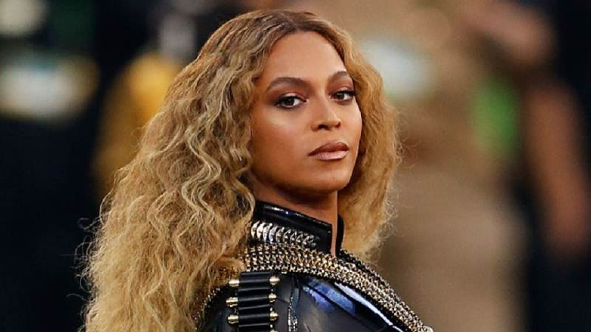 Beyonce wins top honours at BET Awards
