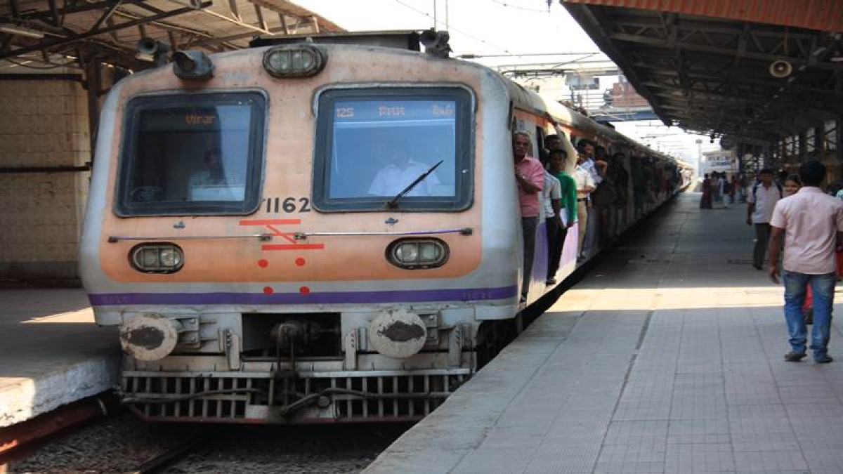 Mumbai: CR commuters will soon be able to keep track of trains