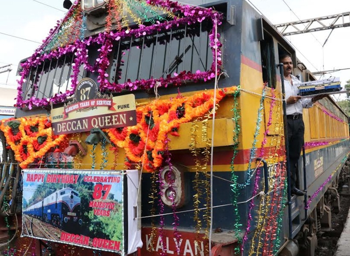 Four Central Railway trains including Mumbai-Pune Deccan Queen canceled due to poor occupancy