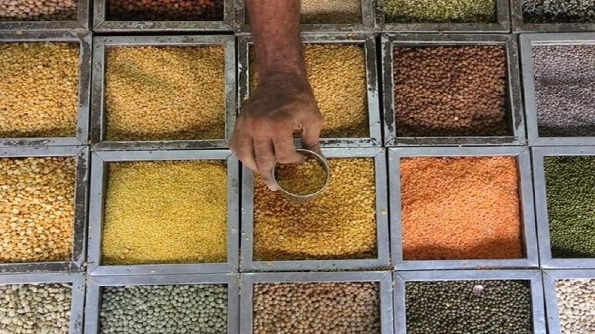 Centre to provide Rs 15/kg discount on pulses for poor