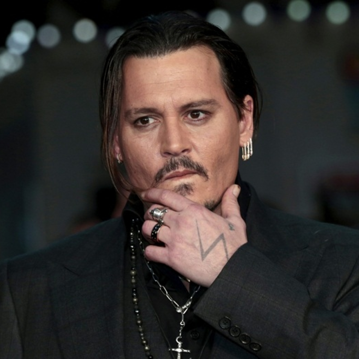 Johnny Depp to get full salary despite ouster from 'Fantastic Beasts' franchise