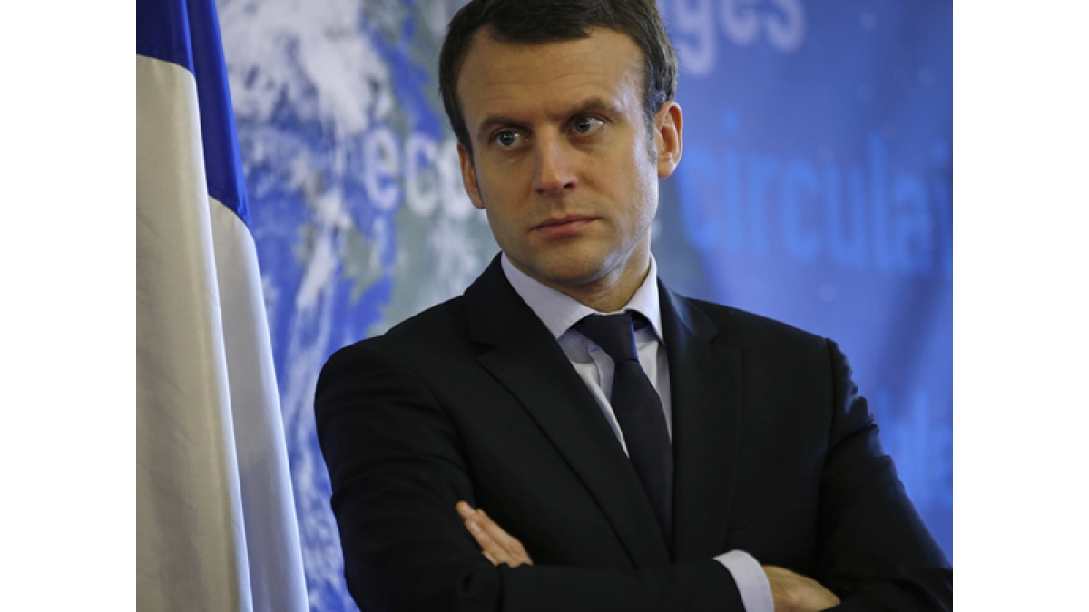 Emmanuel Macron meets Iran Finance Minister to push for G7 detente