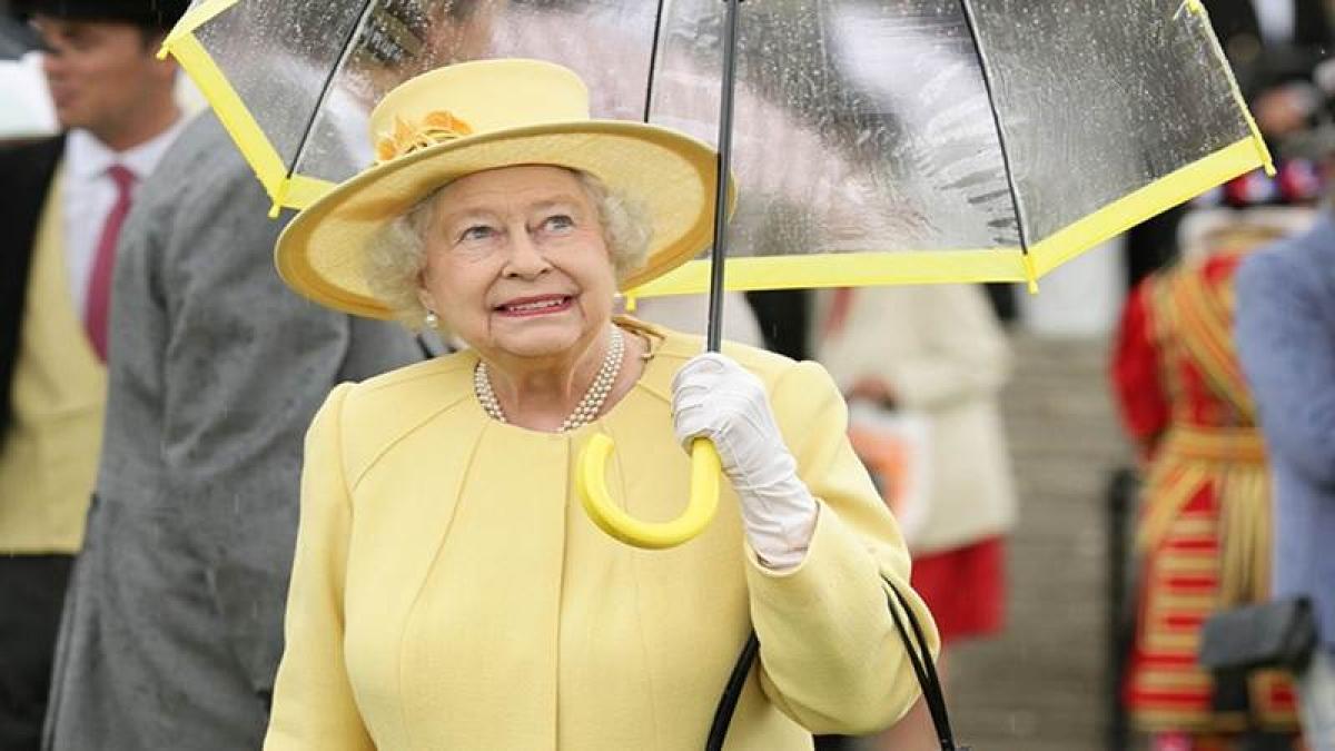 British Queen Elizabeth II's income to increase