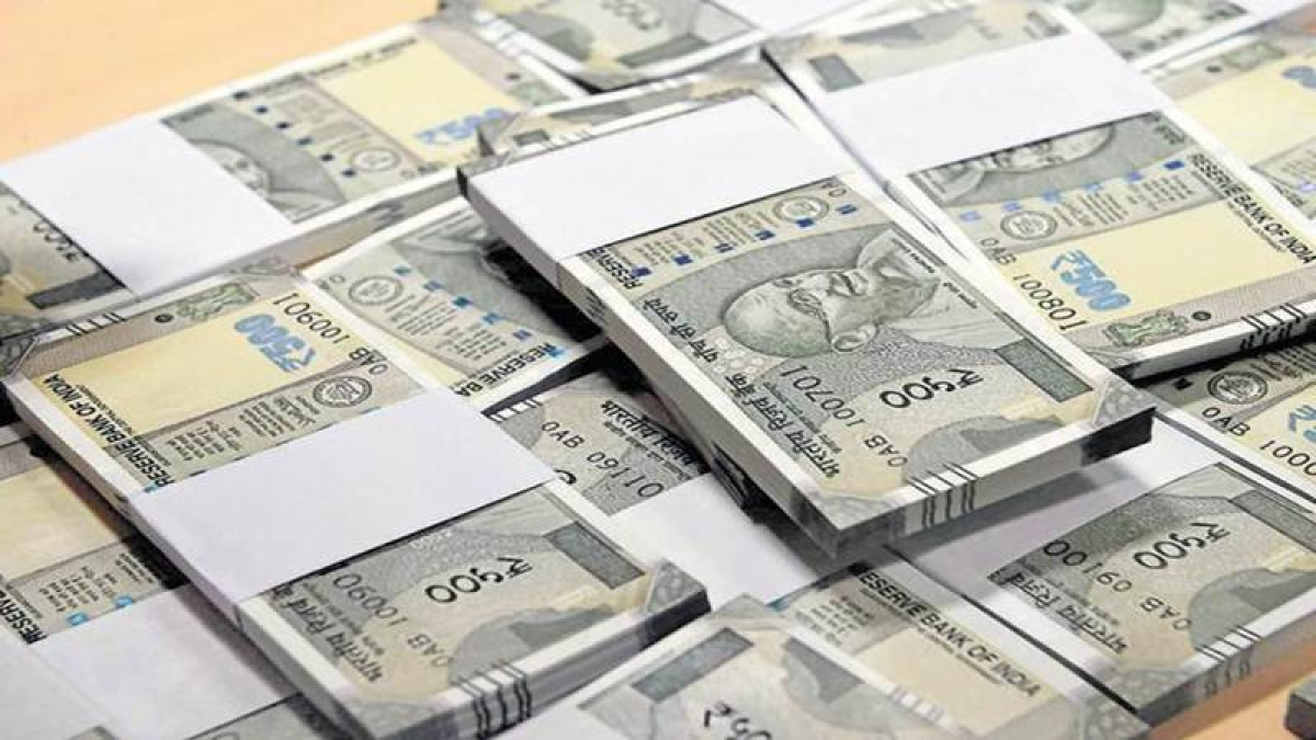 RBI inflation warning hurts  bonds, rupee