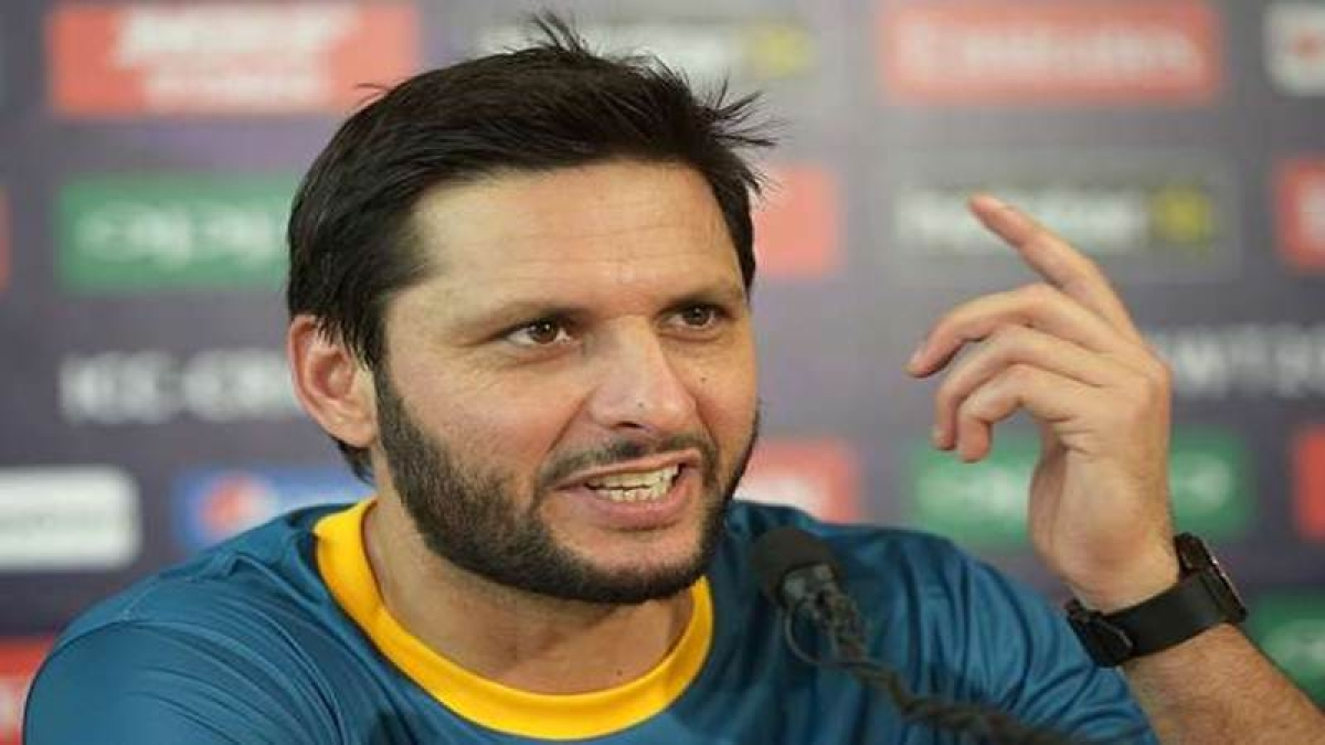 Afridi wishes India on Independence Day, bats for peace, tolerance and love