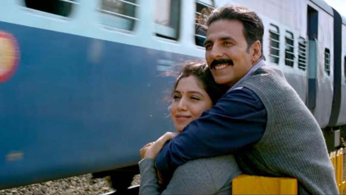 'Toilet: Ek Prem Katha' Trailer: B-town celebs go gaga over Akshay Kumar, film's theme