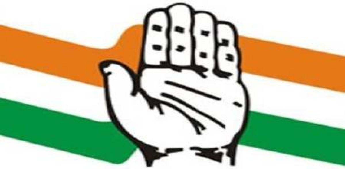 Bhopal: Congress calls CM's fast a 'filmy script'