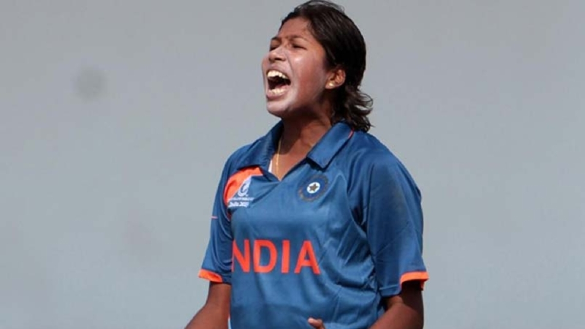 Jhulan Goswami: After first two games I wanted the coach to drop me