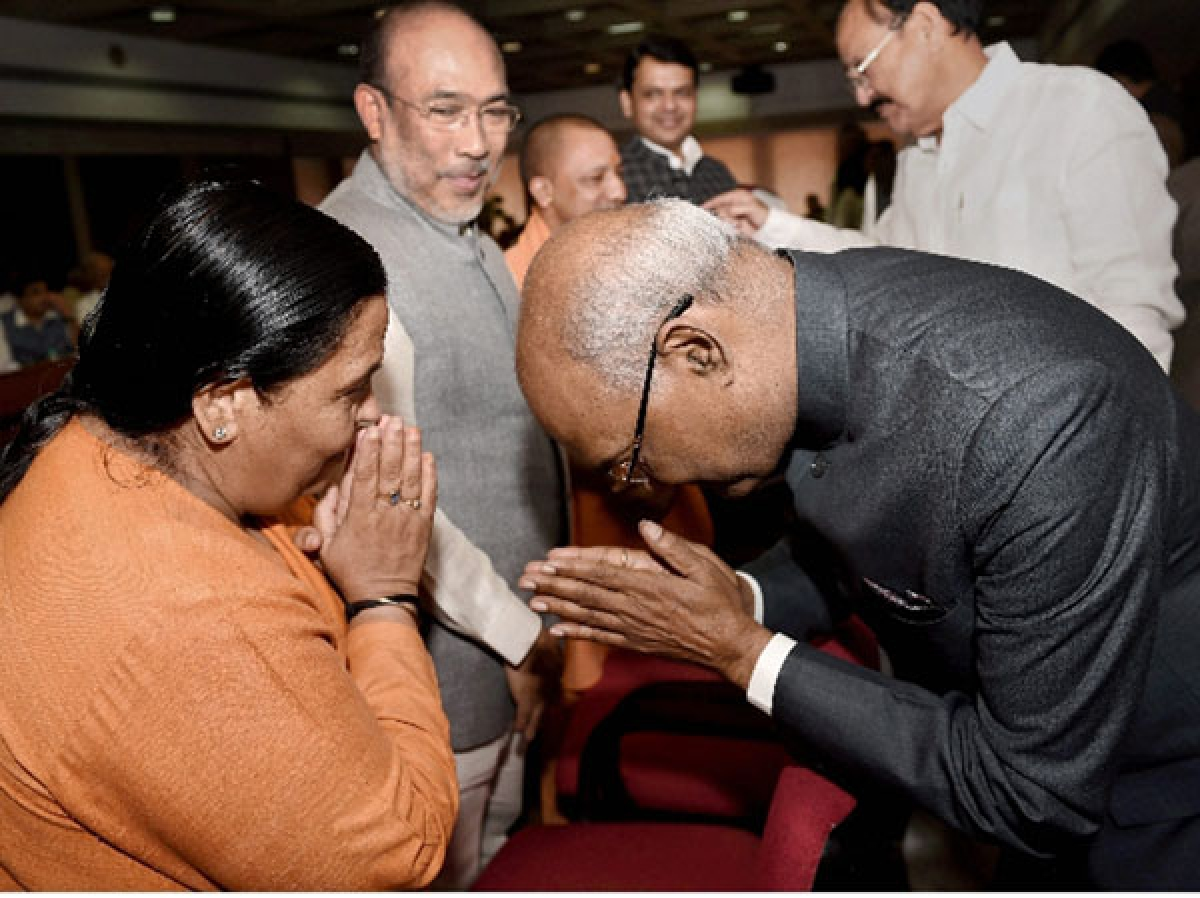 Kovind files papers, says he will follow the path of 3 ex-Presidents