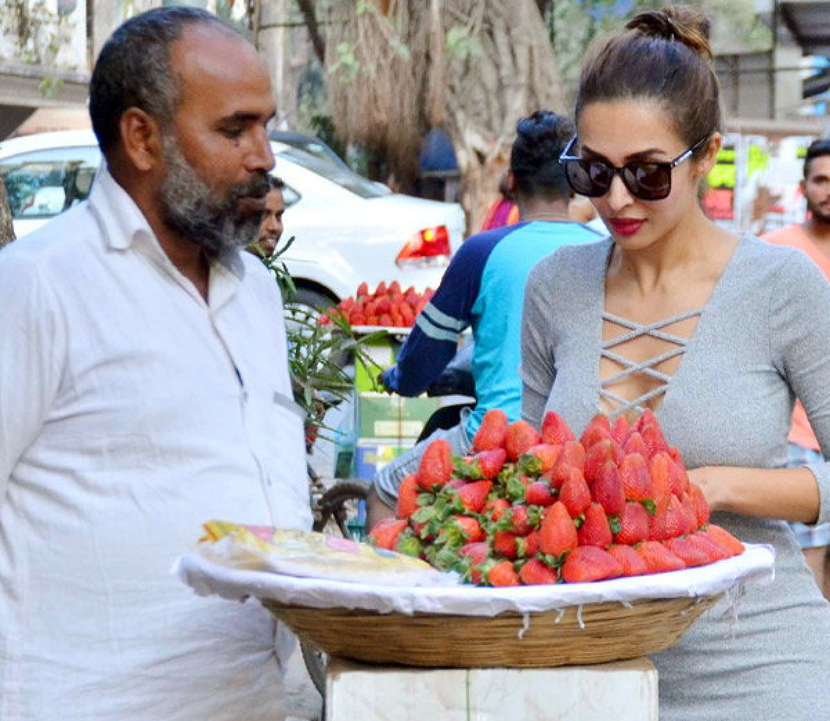 Just like the common man! Pictures of Bollywood stars minus celeb airs