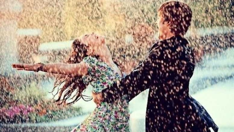 10 monsoon quotes that will make you fall in love again!