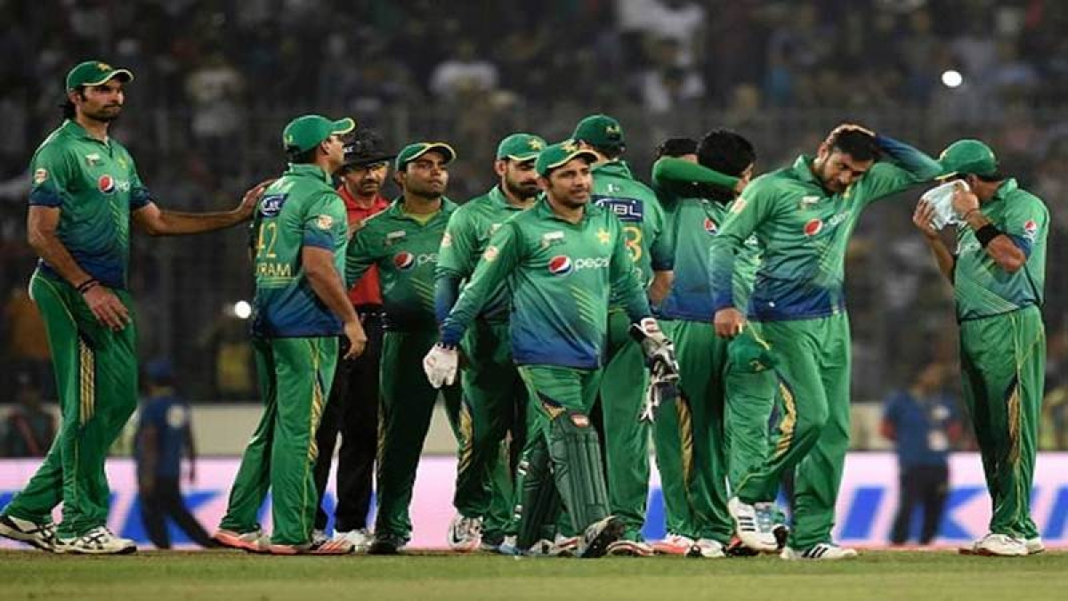 Champions Trophy 2017: Pakistan stun mighty England to enter finals