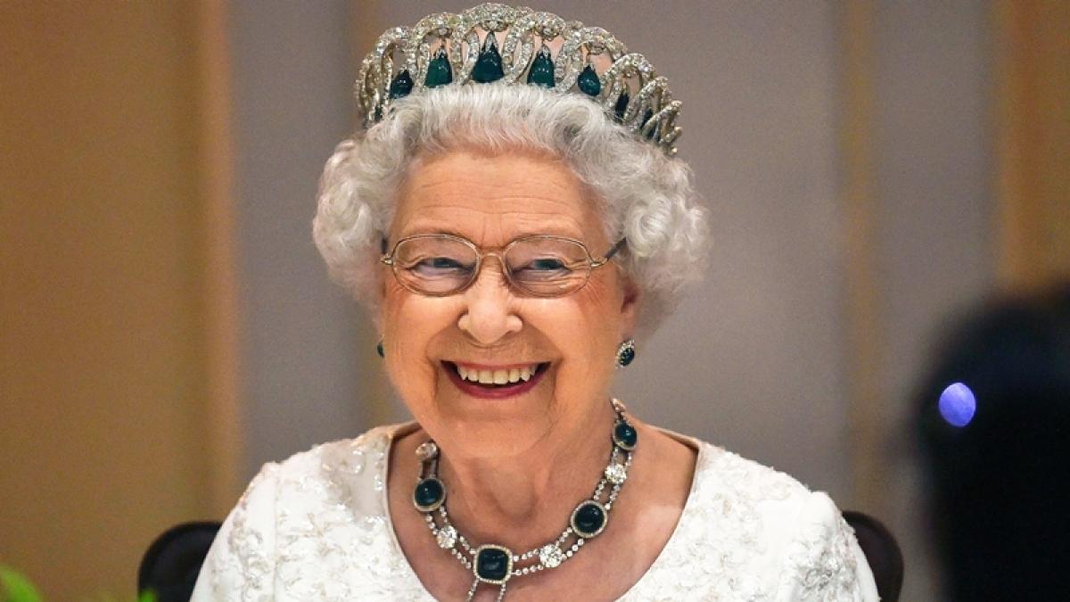 Queen Elizabeth a descendant of Prophet Muhammed, claims Moroccan newspaper