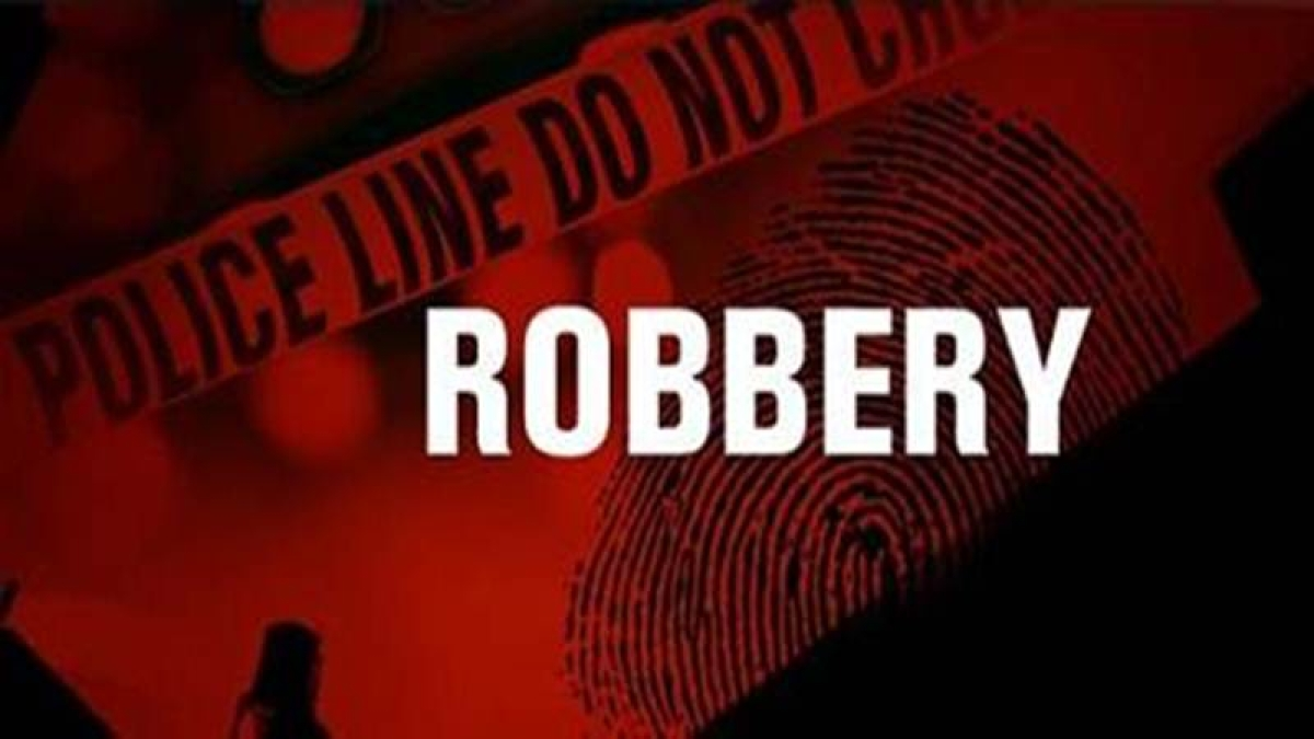 Ujjain: Car passengers robbed of cash, jewelleries worth Rs 1L