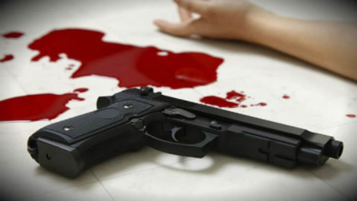 Mumbai: Broke agent shoots self in his Wagon-R