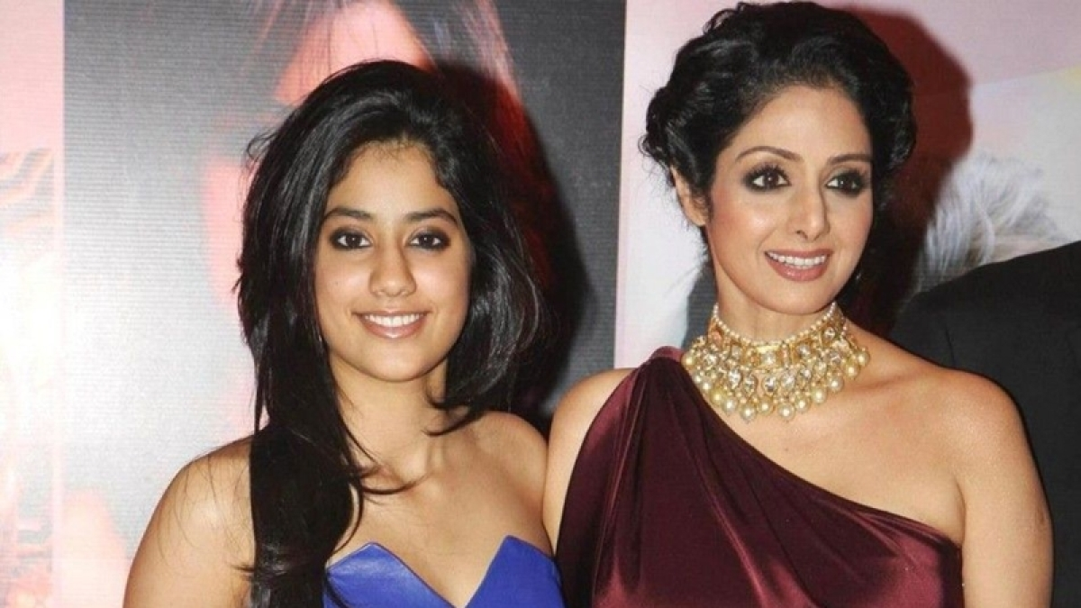 5 celebrities who don't wish their kids to enter Bollywood