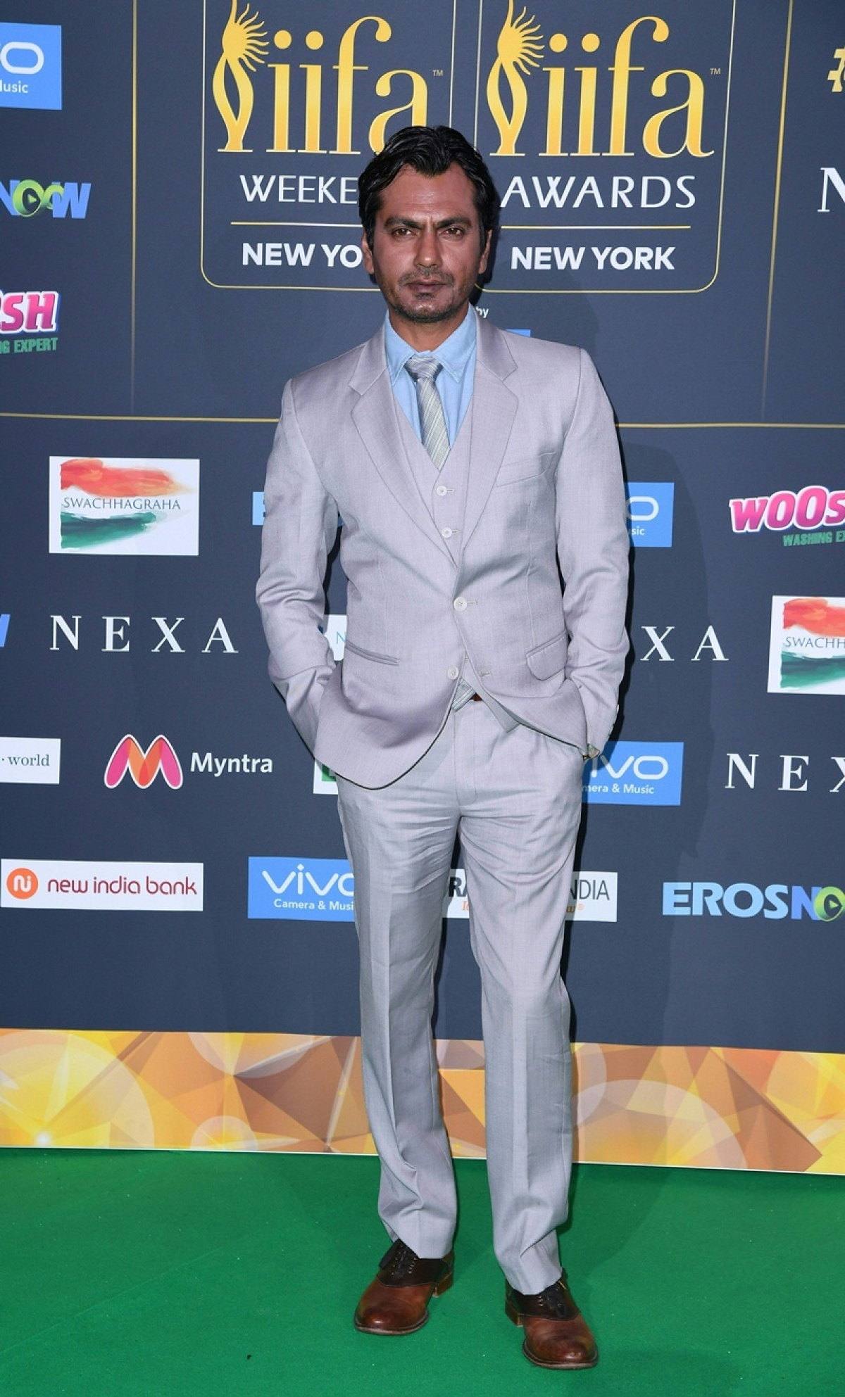 Bollywood actor Nawazuddin Siddiqui arrives for the IIFA Awards July 15, 2017 at the MetLife Stadium in East Rutherford, New Jersey during the 18th International Indian Film Academy (IIFA) Festival. / AFP PHOTO / ANGELA WEISS
