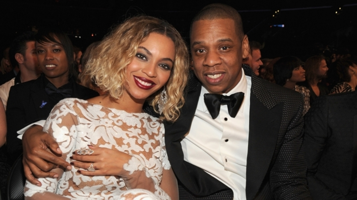 Drunk fan creates chaos during Beyonce and Jay-Z's concert