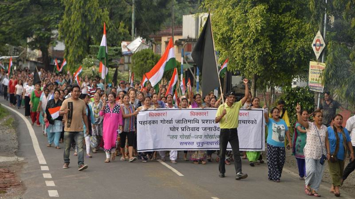 Darjeeling unrest: GJM youth wing ends fast after talks with Rajnath Singh