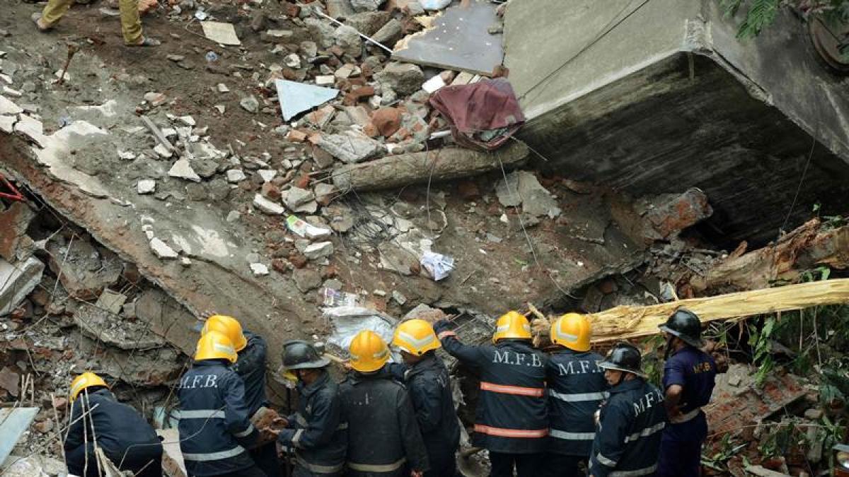 July 26 Top 5 trending stories: Arrest in Ghatkopar building collapse to Rs 200 notes