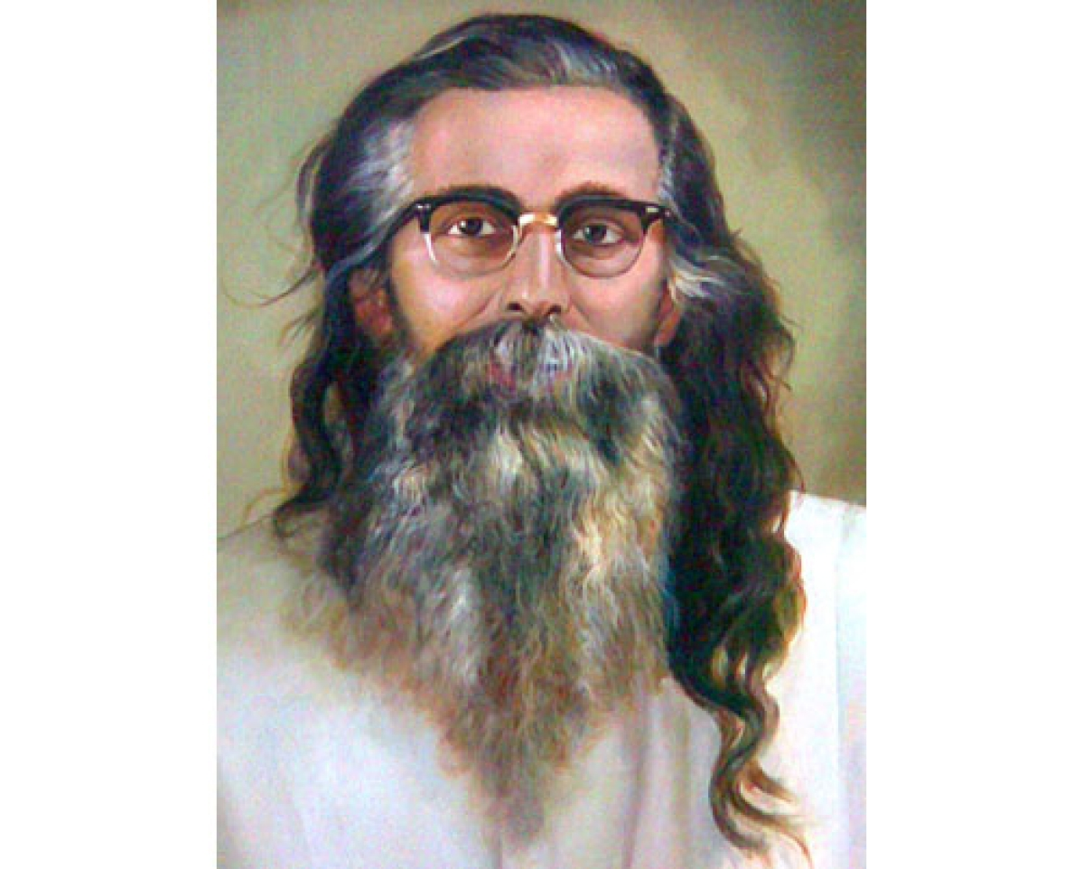 Centre's push to Guru Golwalkar