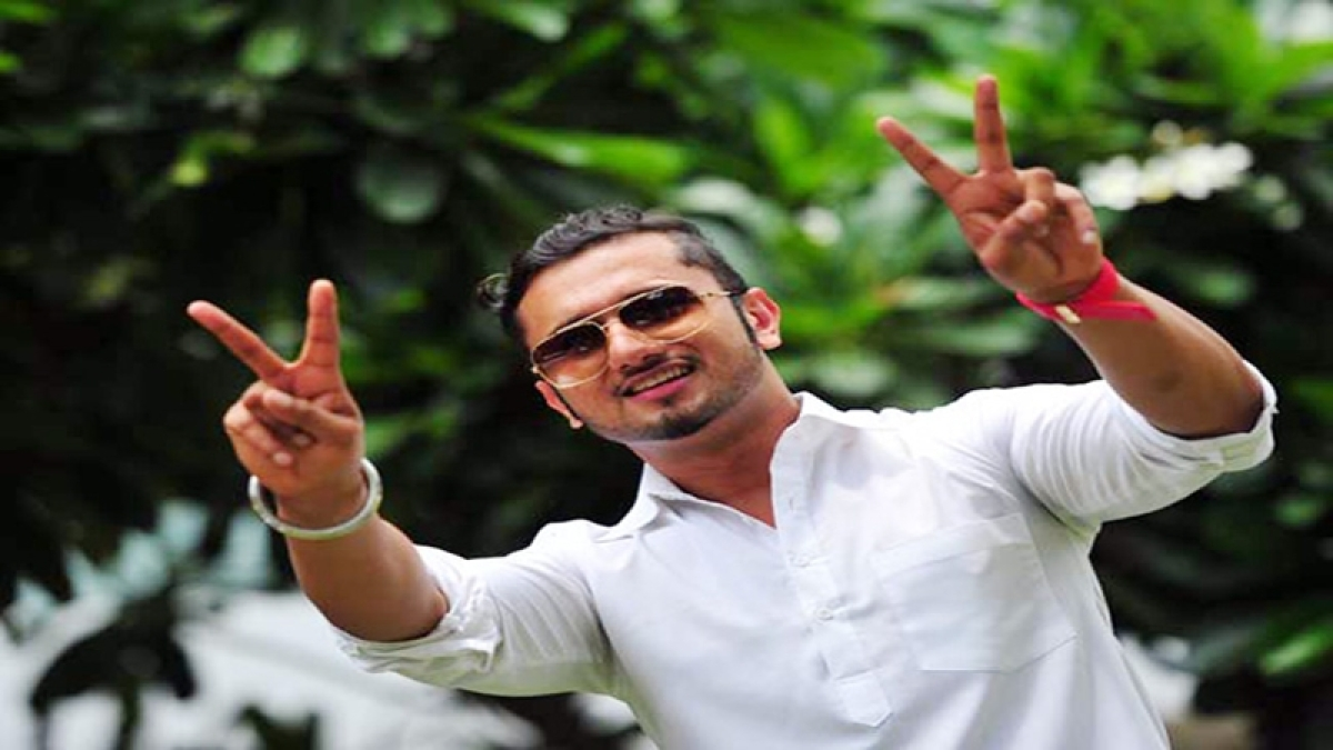 Honey Singh can go abroad: Court